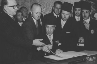 الطاهر بن عمار: موقّع وثيقة الاستقلال الذي غُيبت بصماته