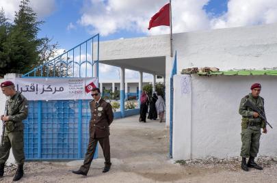 أهمها خطأ في ورقة الاقتراع.. تسجيل إخلالات في يوم انتخاب حاملي السلاح