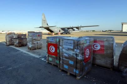 تضامنًا مع لبنان.. تونس توجه طائرتين محملتين بأدوية ومواد طبية وغذائية (فيديو)