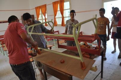 صيانة المؤسسات التربوية في تونس: انتفاضة المجتمع المدني وجدل التطوع والمصلحة
