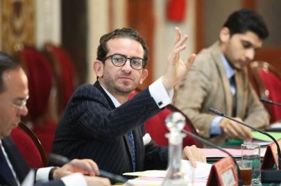 الخليفي يؤكد الاتفاق مع نقابة الصحفيين على تعديل المرسوم 116 والنقابة تكذّب