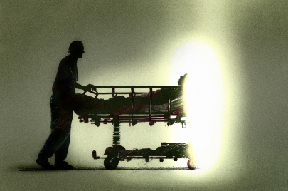 قصص ناجين من حوادث قاتلة.. صناعة الحياة على أعتاب الموت