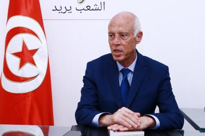 صعود قيس سعيّد.. زلزال انتخابي بانتفاضة شبابية؟