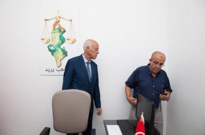 شقيق رئيس الجمهورية: تنقيح الدستور مهمة عاجلة وأكيدة
