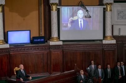 خطاب قيس سعيّد بعد آداء اليمين رئيسًا لتونس.. حماسة وتحديات كبرى منتظرة