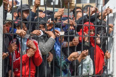 2020 في تونس.. سنة الجوائح المناخية والصحية والسياسية