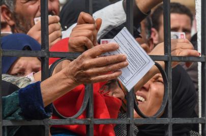 الدولة والملكيّة والحرب على الكورونا.. أسئلة تونسية
