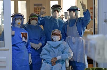 مجندات ضد كورونا.. شهادة ممرّضة داخل مركز الإيواء بالمنستير
