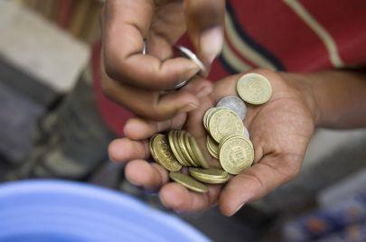 السبت المقبل: دفعة جديدة من المساعدات الاجتماعية لنحو 200 ألف عائلة