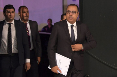 بأمر من المشيشي: الترفيع في أجور الولاة وتمتيعهم بامتيازات الوزراء
