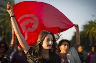 زواج التونسيات بغير المسلم.. جدل القانون والمدنية