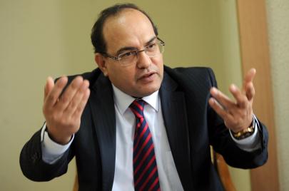 هيئة مكافحة الفساد: شبهات فساد تهم بعض أعضاء الحكومة المقترحة!