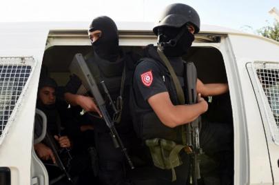 بنزرت: القبض على شخص مفتش عنه دوليًا من أجل تجارة المخدرات وحيازة مواد متفجرة