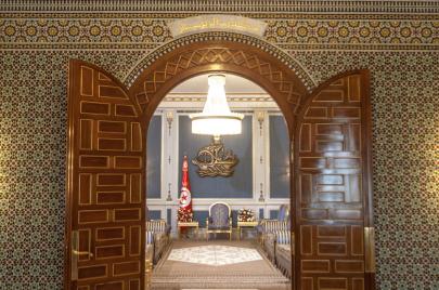 الرئاسية تسبق التشريعية.. هكذا بُعثرت أوراق الأحزاب في تونس