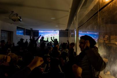 كيف يشاهد التونسيون كرة القدم في زمن الاحتكار؟