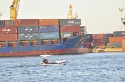 فضيحة النفايات بميناء سوسة التجاري: تونس من